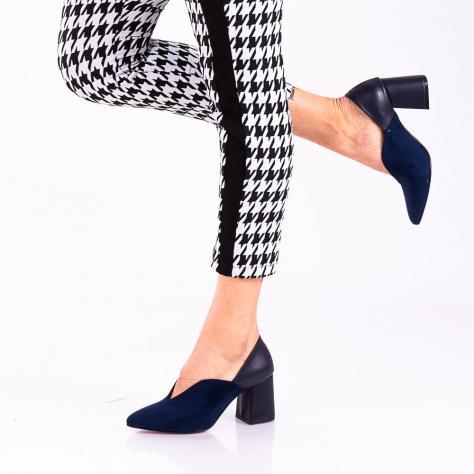 https://www.pantofi-trendy.ro/image/cache/data/!!!!!!!!!!!!!!!/6/DSC_1708-1000x1000.jpg