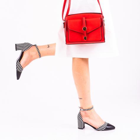 https://www.pantofi-trendy.ro/image/cache/data/!!!!!!!!!!!!!!/16/DSC_4439-1000x1000.jpg