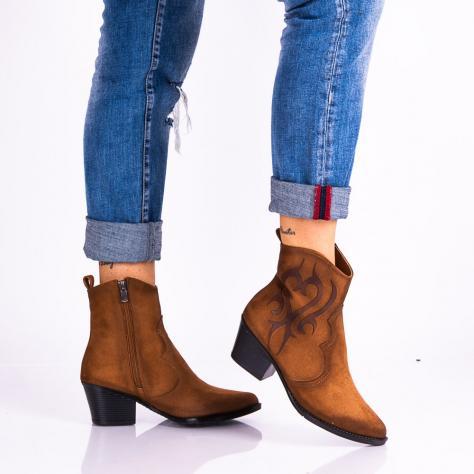 https://www.pantofi-trendy.ro/image/cache/data/!!!!!!!!!!!!!!/17/DSC_5286-1000x1000.jpg