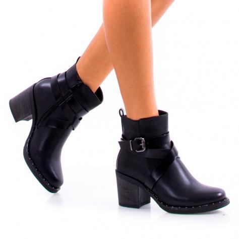 https://www.pantofi-trendy.ro/image/cache/data/!!!!!!!!!!!!!!/9/DSC_1868-1000x1000.jpg