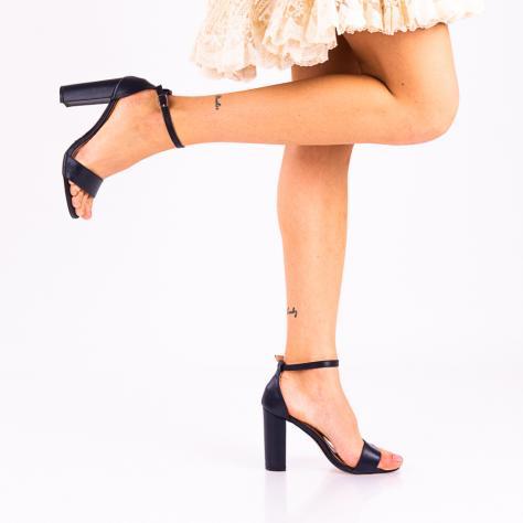 https://www.pantofi-trendy.ro/image/cache/data/!!!!!!!!!!!!!/10/DSC_3778-2-1000x1000.jpg