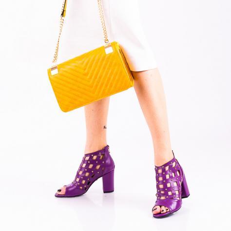 https://www.pantofi-trendy.ro/image/cache/data/!!!!!!!!!!!!/13/DSC_456357-1000x1000-1000x1000.jpg