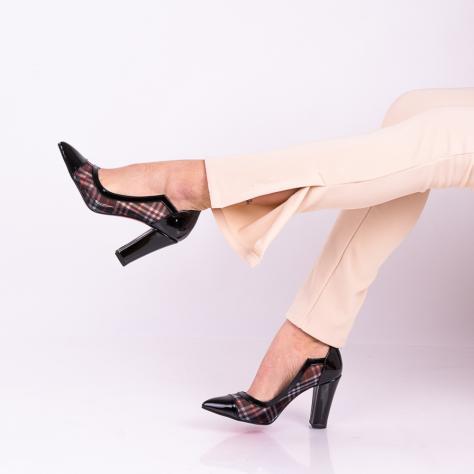 https://www.pantofi-trendy.ro/image/cache/data/!!!!!!!!!!!!/5/DSC_9583-1000x1000.jpg