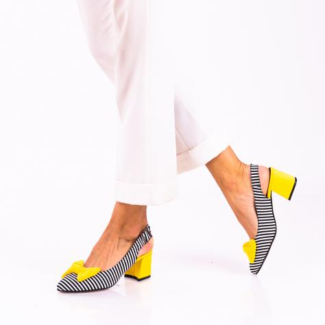 https://www.pantofi-trendy.ro/image/cache/data/!!!!!!!!!!!/12/DSC_0544-2-1000x1000.jpg