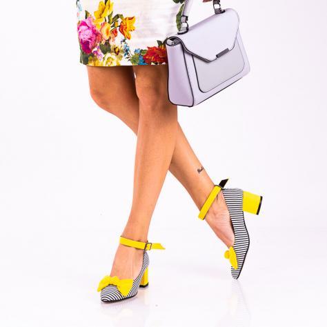https://www.pantofi-trendy.ro/image/cache/data/!!!!!!!!!!!/12/DSC_8202-2-1000x1000.jpg