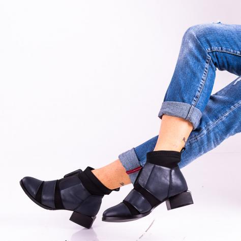 https://www.pantofi-trendy.ro/image/cache/data/!!!!!!!!!!!/13/DSC_5103-1000x1000.jpg