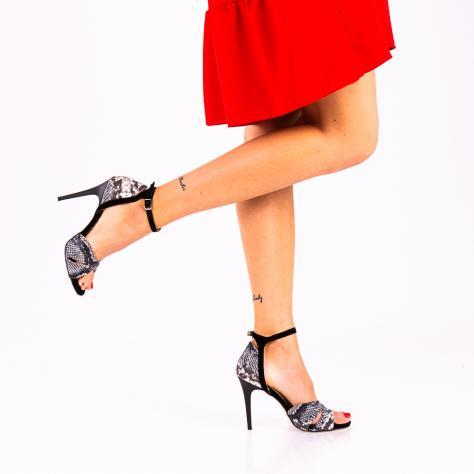 https://www.pantofi-trendy.ro/image/cache/data/!!!!!!!!!!!/13/DSC_9640-2-1000x1000.jpg