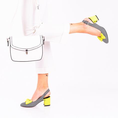 https://www.pantofi-trendy.ro/image/cache/data/!!!!!!!!!!!/2/DSC_9142-2-1000x1000.jpg