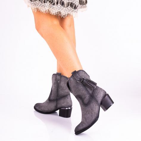 https://www.pantofi-trendy.ro/image/cache/data/!!!!!!!!!!!/3/DSC_4689-1000x1000.jpg