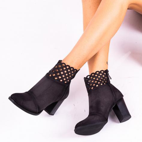https://www.pantofi-trendy.ro/image/cache/data/!!!!!!!!!!!/3/DSC_4780-1000x1000.jpg