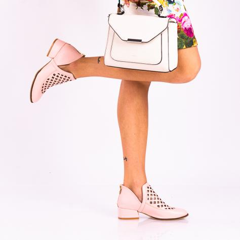 https://www.pantofi-trendy.ro/image/cache/data/!!!!!!!!!!!/4/DSC_8099-2-1000x1000.jpg