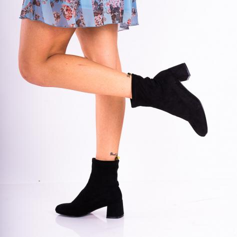 https://www.pantofi-trendy.ro/image/cache/data/!!!!!!!!!!!/4/DSC_8697-1000x1000.jpg