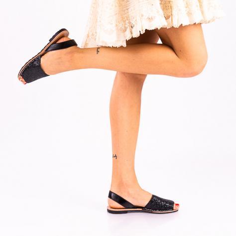 https://www.pantofi-trendy.ro/image/cache/data/!!!!!!!!!!/11/DSC_2552-2-1000x1000.jpg