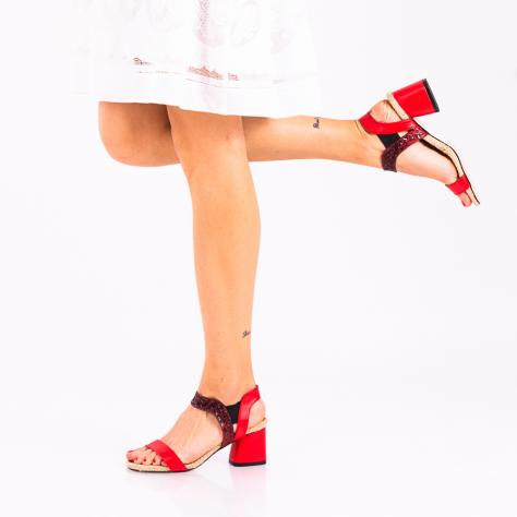 https://www.pantofi-trendy.ro/image/cache/data/!!!!!!!!!!/12/DSC_1996-2-1000x1000.jpg