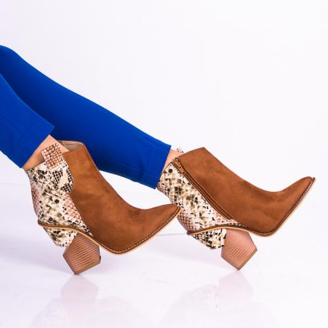 https://www.pantofi-trendy.ro/image/cache/data/!!!!!!!!!!/13/DSC_8759-1000x1000.jpg