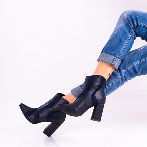 https://www.pantofi-trendy.ro/image/cache/data/!!!!!!!!!!/15/DSC_5313-1000x1000.jpg