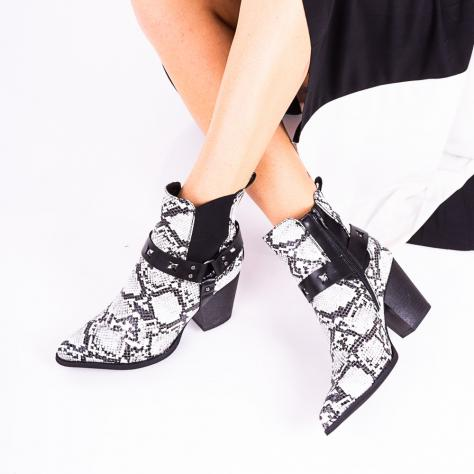 https://www.pantofi-trendy.ro/image/cache/data/!!!!!!!!!!/17/DSC_8150-1000x1000.jpg