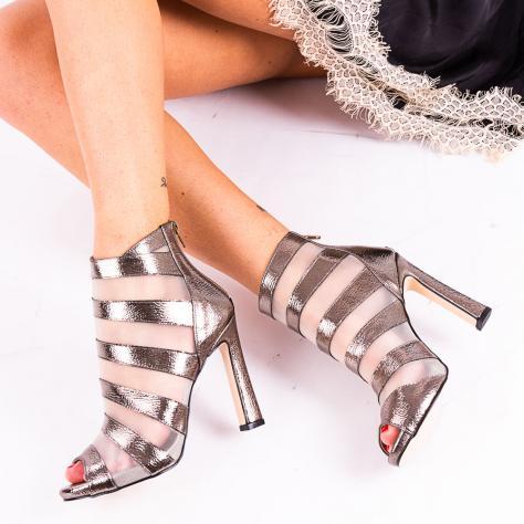https://www.pantofi-trendy.ro/image/cache/data/!!!!!!!!!/1/DSC_5015-1000x1000.jpg