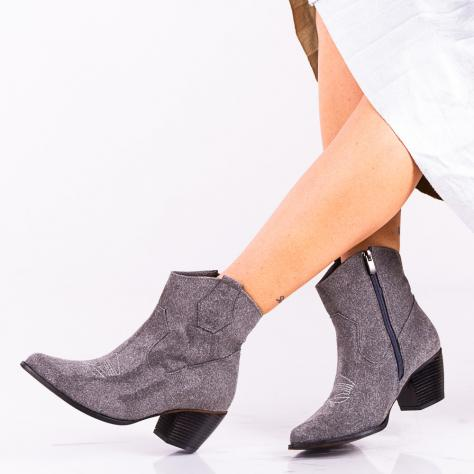 https://www.pantofi-trendy.ro/image/cache/data/!!!!!!!!!/10/DSC_405583-1000x1000-1000x1000.jpg