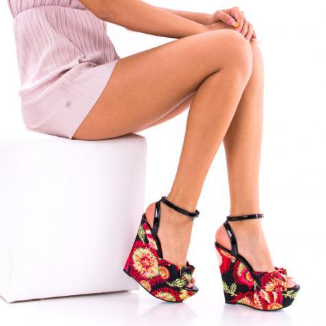 https://www.pantofi-trendy.ro/image/cache/data/!!!!!!!!!/12/DSC_0913-1000x1000-1000x1000.jpg