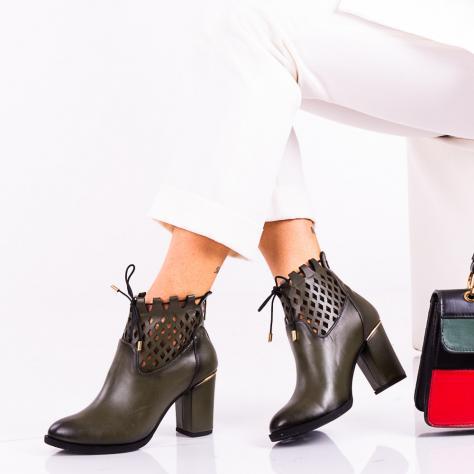 https://www.pantofi-trendy.ro/image/cache/data/!!!!!!!!!/12/DSC_3947-1000x1000.jpg
