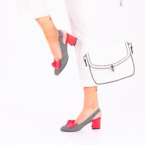 https://www.pantofi-trendy.ro/image/cache/data/!!!!!!!!!/16/DSC_9126-2-1000x1000.jpg