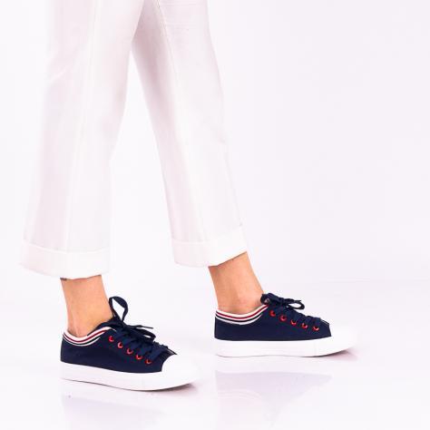 https://www.pantofi-trendy.ro/image/cache/data/!!!!!!!!/13/DSC_5940-2-1000x1000.jpg