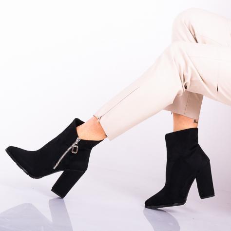 https://www.pantofi-trendy.ro/image/cache/data/!!!!!!!/14/DSC_9286-1000x1000.jpg