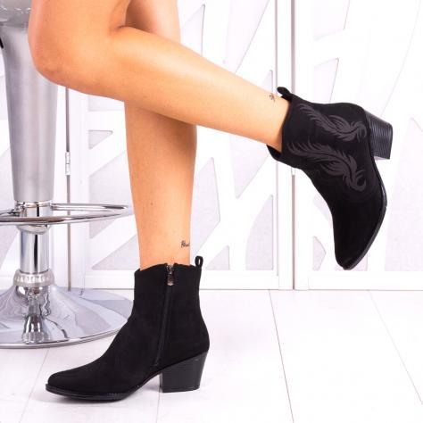 https://www.pantofi-trendy.ro/image/cache/data/!!!/0000093/10_renay-1000x1000.jpg
