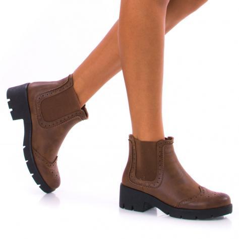 https://www.pantofi-trendy.ro/image/cache/data/!!!/00049/DSC_5229-1000x1000.jpg