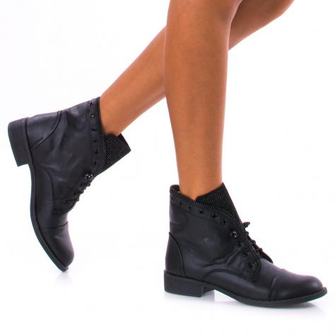 https://www.pantofi-trendy.ro/image/cache/data/!!!/00049/DSC_5253-1000x1000.jpg
