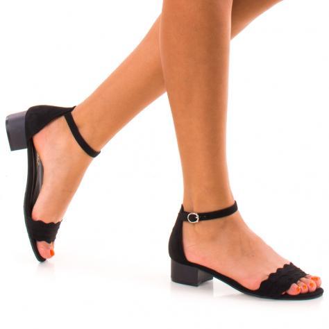 https://www.pantofi-trendy.ro/image/cache/data/!!!/00049/DSC_9601-1000x1000.jpg