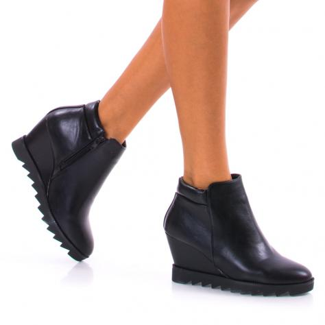 https://www.pantofi-trendy.ro/image/cache/data/!!!/00050/DSC_5115-1000x1000.jpg