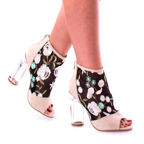 https://www.pantofi-trendy.ro/image/cache/data/!!!/00050/DSC_6277-1000x1000-1000x1000.jpg