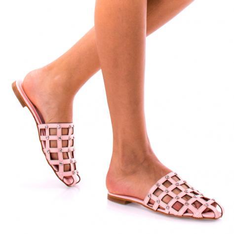https://www.pantofi-trendy.ro/image/cache/data/!!!/00050/DSC_8113-1000x1000-1000x1000.jpg