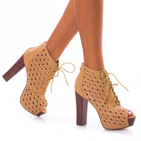 https://www.pantofi-trendy.ro/image/cache/data/!!!/00052/DSC_4042-1000x1000.jpg