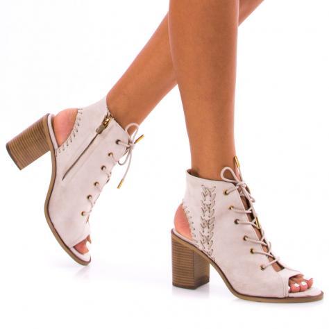 https://www.pantofi-trendy.ro/image/cache/data/!!!/00052/DSC_4102-1000x1000.jpg