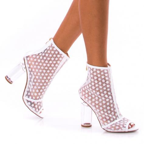 https://www.pantofi-trendy.ro/image/cache/data/!!!/00052/DSC_4302-1000x1000.jpg
