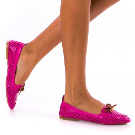 https://www.pantofi-trendy.ro/image/cache/data/!!!/00053/DSC_3842-1000x1000.jpg