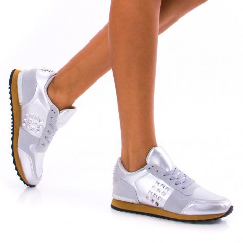 https://www.pantofi-trendy.ro/image/cache/data/!!!/00053/DSC_3976-1000x1000.jpg