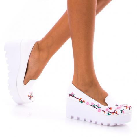 https://www.pantofi-trendy.ro/image/cache/data/!!!/00053/DSC_4036-1000x1000.jpg