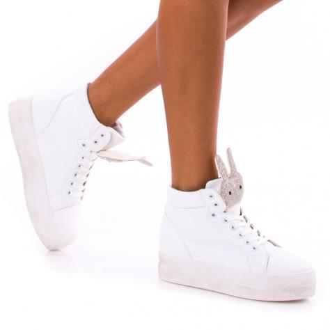 https://www.pantofi-trendy.ro/image/cache/data/!!!/00056/DSC_2684-1000x1000.jpg
