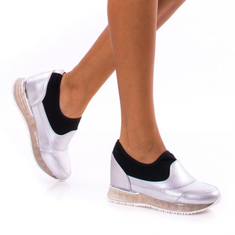 https://www.pantofi-trendy.ro/image/cache/data/!!!/00056/DSC_2728-1000x1000.jpg