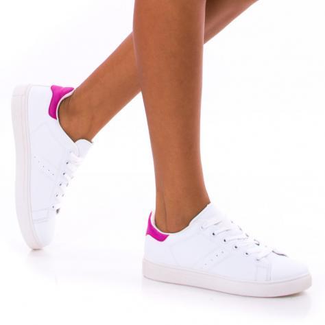 https://www.pantofi-trendy.ro/image/cache/data/!!!/00058/DSC_2155-1000x1000.jpg