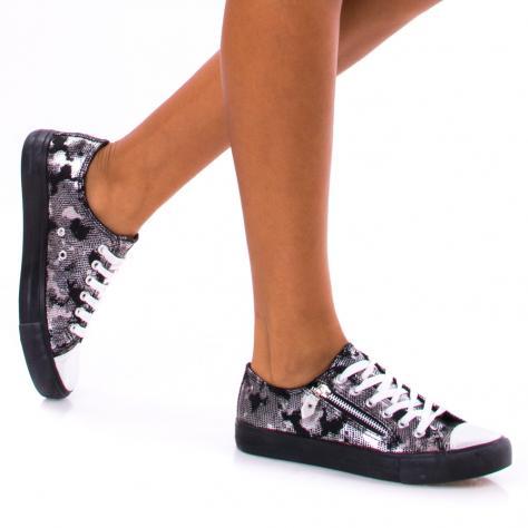 https://www.pantofi-trendy.ro/image/cache/data/!!!/00059/DSC_1850-1000x1000.jpg