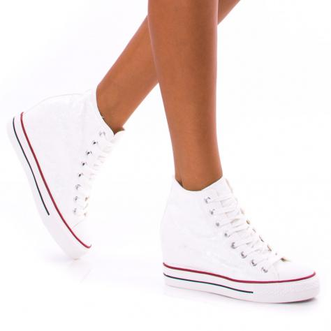 https://www.pantofi-trendy.ro/image/cache/data/!!!/00061/DSC_1520-1000x1000.jpg