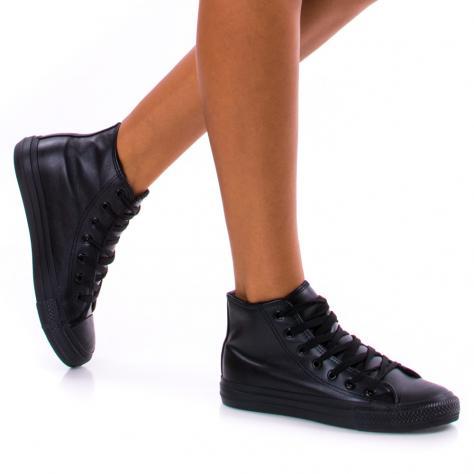 https://www.pantofi-trendy.ro/image/cache/data/!!!/00062/DSC_1186-1000x1000.jpg