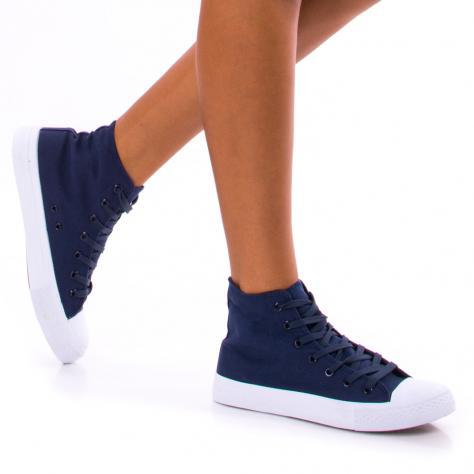https://www.pantofi-trendy.ro/image/cache/data/!!!/00062/DSC_1255-1000x1000.jpg