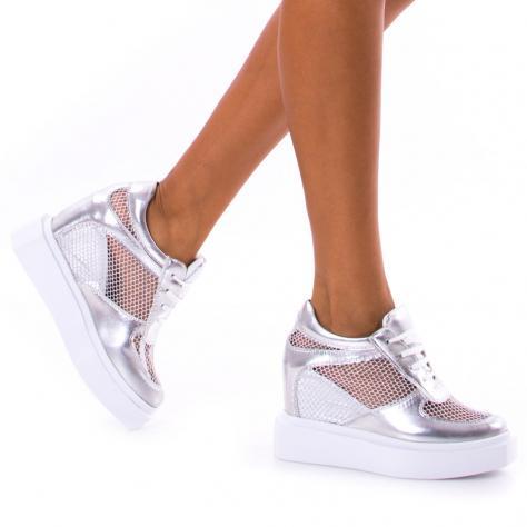 https://www.pantofi-trendy.ro/image/cache/data/!!!/00062/DSC_1336-1000x1000.jpg