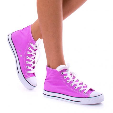 https://www.pantofi-trendy.ro/image/cache/data/!!!/00063/DSC_3550-1000x1000-1000x1000.jpg